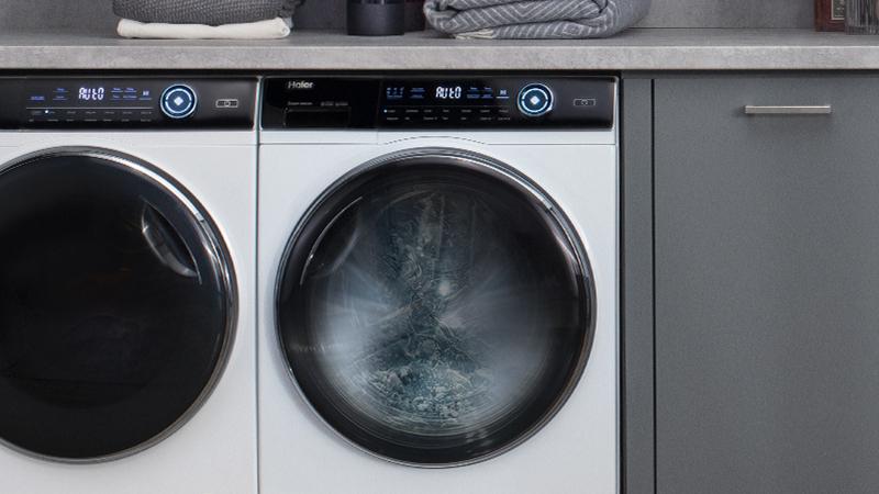 Automatisches Reinigungssystem für die Maschine