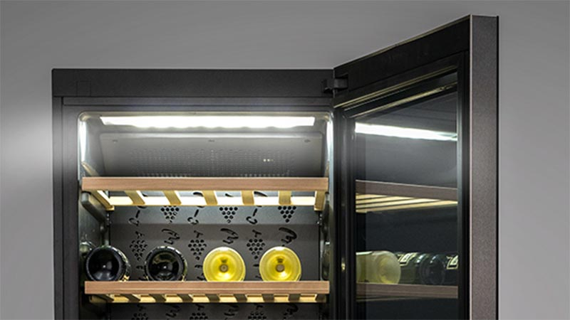 Tasteful lighting that maintains your wines' flavour